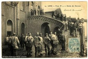 Groupe de mineurs dans les années 1930 à Lens