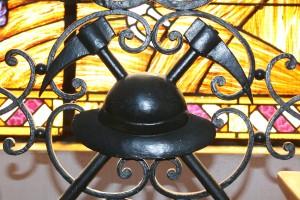 Détail des balustrades intérieures de l'hôtel de ville de Carvin